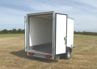 2.5m Cool-Plus fridge trailer doors open