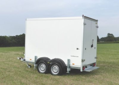 3m Cool-Plus fridge trailer side view