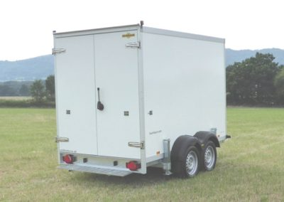 3m Cool-Plus fridge trailer backdoors closed