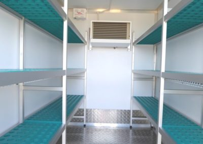 Vario-Temp Freezer Trailer Ali-Master shelving